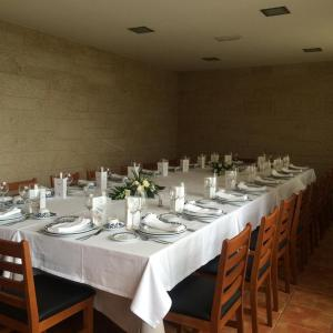 A restaurant or other place to eat at O Curruncho dos Lopez