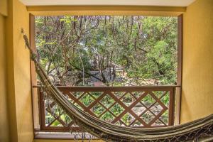 A balcony or terrace at Apt. Enseada Praia do Forte