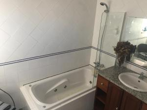 A bathroom at Apartamento Senadomum