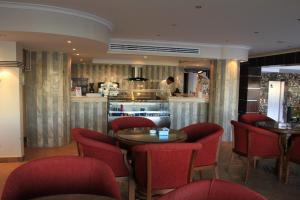 O lounge ou bar de Gulf Delmon