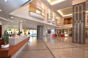 El vestíbulo o zona de recepción de Palm Oasis Maspalomas