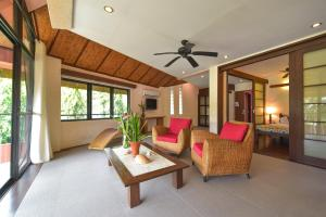 A seating area at Punta Rosa Boutique Hotel