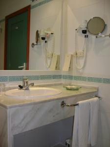 Een badkamer bij Sol Los Fenicios