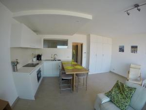 A kitchen or kitchenette at Apartment S7
