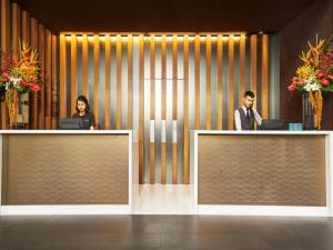 The lobby or reception area at Quincy Hotel by Far East Hospitality (SG Clean)