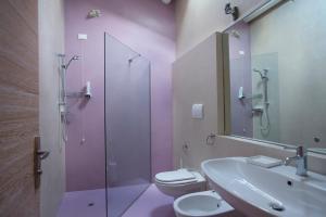 A bathroom at Dormire alla Ruota