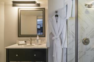 A bathroom at The Boxer