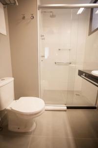 A bathroom at Hotel Vivenzo Savassi Belo Horizonte