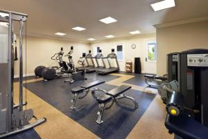 Das Fitnesscenter und/oder die Fitnesseinrichtungen in der Unterkunft Sunset Key Cottages