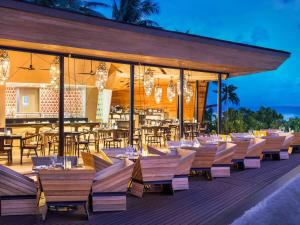 A restaurant or other place to eat at The St. Regis Maldives Vommuli Resort