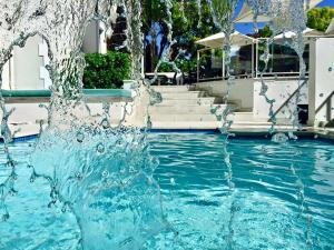 Het zwembad bij of vlak bij The Glen Boutique Hotel & Spa