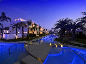 The swimming pool at or near La Lua Resort