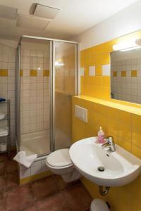 A bathroom at Hof Märkische Heide