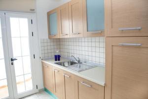 A kitchen or kitchenette at Villas Coloradas