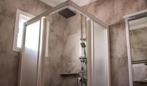 A bathroom at Hostal San Vicente II