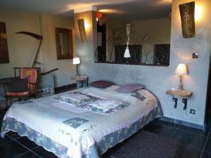 Un ou plusieurs lits dans un hébergement de l'établissement Chambres d'hôtes Secret d'une Nuit