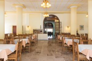 Nhà hàng/khu ăn uống khác tại Sunset