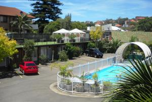 A view of the pool at Ultimate Apartments Bondi Beach or nearby