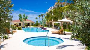 The swimming pool at or near Villa del Mar