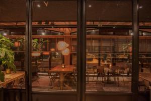 Een restaurant of ander eetgelegenheid bij Strandhotel Golfzang