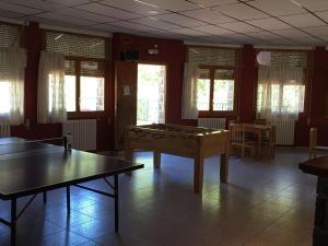 Instalaciones para jugar al ping pong en El Chate o alrededores