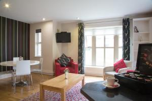A seating area at Brennan Court Guest Accommodation