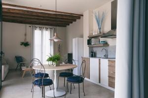 Una cocina o kitchenette en Can Alemany