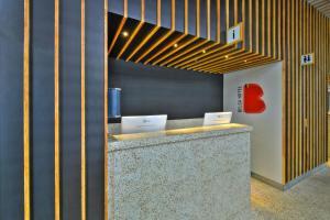 A bathroom at Belga Hotel