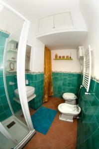 A bathroom at Insidesalernohome
