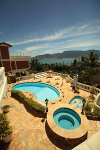 Uma vista da piscina em Hotel Guanumbis ou nos arredores