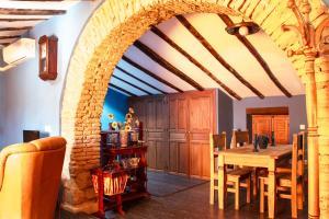 Un restaurante o sitio para comer en Casa Gibranzos