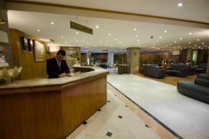 منطقة الاستقبال أو اللوبي في فندق الهفوف