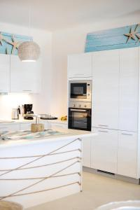 Kuchnia lub aneks kuchenny w obiekcie Lidia Villa