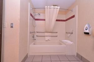 A bathroom at Best Western Plus Rama Inn