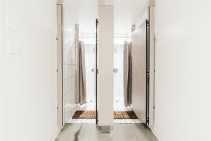 A bathroom at Auberge Saint-Paul Old Montreal