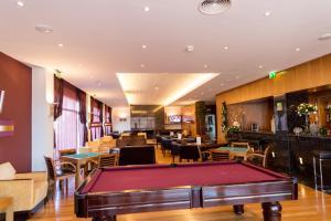 A pool table at Hotel Lusitania Congress & Spa
