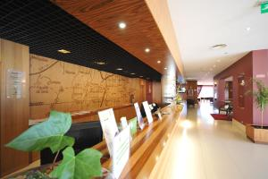 The lobby or reception area at Hotel Lusitania Congress & Spa
