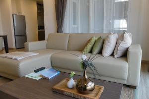 A seating area at The Garden 304