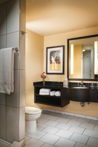 A bathroom at Staypineapple, The Maxwell Hotel, Seattle Center Seattle