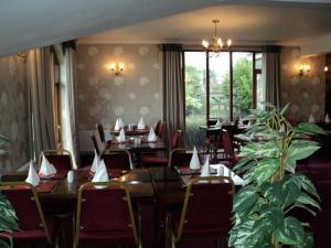A restaurant or other place to eat at The Harp at Letterston