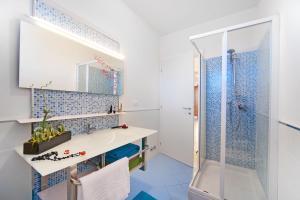 Ванная комната в Piper Residence