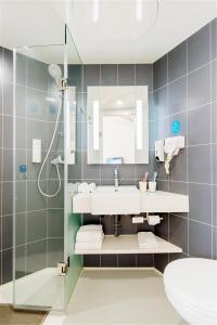 Ванная комната в Hanting Express Jiamusi Jiefang Road
