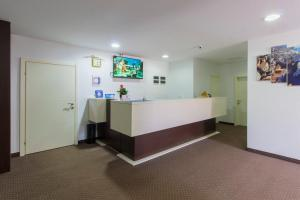 The lobby or reception area at ParkCity Rooms and Apartments