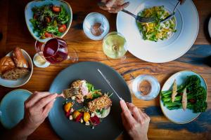 Lunch and/or dinner options available to guests at Larmont Sydney by Lancemore