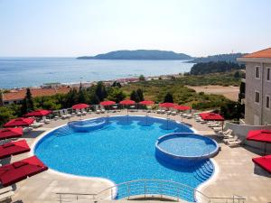 A view of the pool at ApartHotel Belvedere Residence or nearby