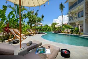 The swimming pool at or close to Canggu Beach Apartments