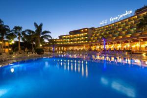 Het zwembad bij of vlak bij MUR Faro Jandia Fuerteventura & Spa