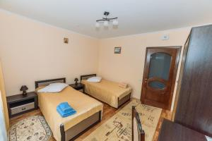 A bed or beds in a room at Apartments Sonce