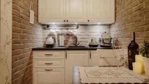 Kuchnia lub aneks kuchenny w obiekcie Main Street Apartments