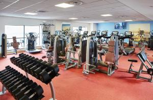 The fitness center and/or fitness facilities at Glasgow Marriott Hotel